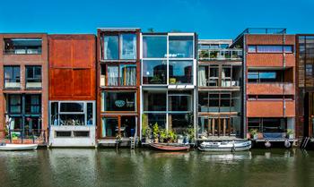 Architektur In Amsterdam Backsteine Grachtenhauser Mr Amsterdam