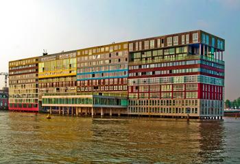 Architektur In Amsterdam Backsteine Grachtenhauser Mr