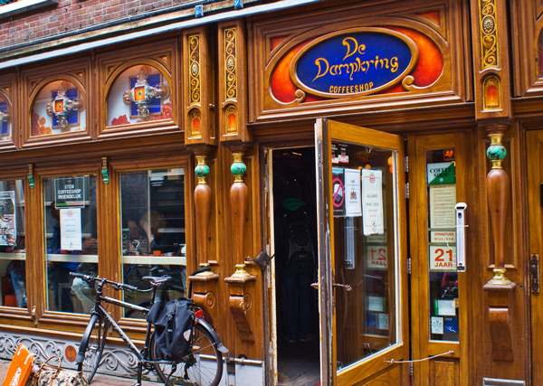Dampkring Coffeeshop in Amsterdam